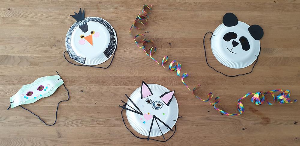 Pinguin oder Katze, Koala oder Fantasie - Faschingsmasken aus Pappteller sind schnell gebastelt, machen Spaß und wecken Kreativität!